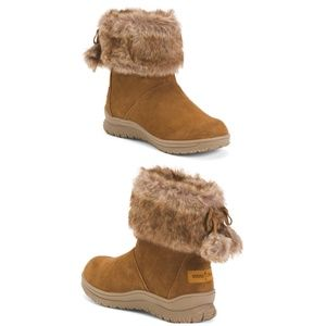 Minnetonka Suede Water Resistant Ankle Boots